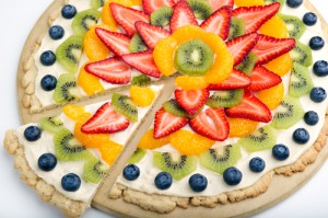 Healthy Fruit Pizza with Oatmeal Cookie Crust