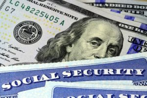 Social Security and the Cash-Crunch