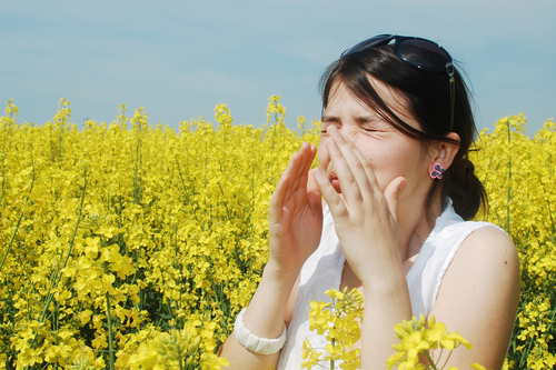 10 Ways to Relieve Spring Allergies